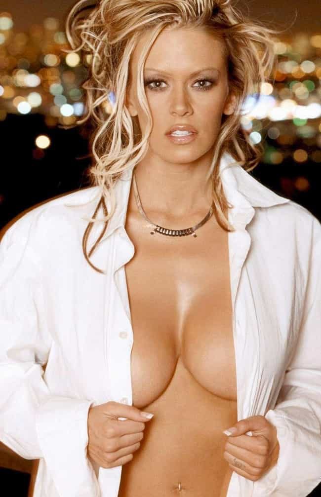 dating sites with big breast women